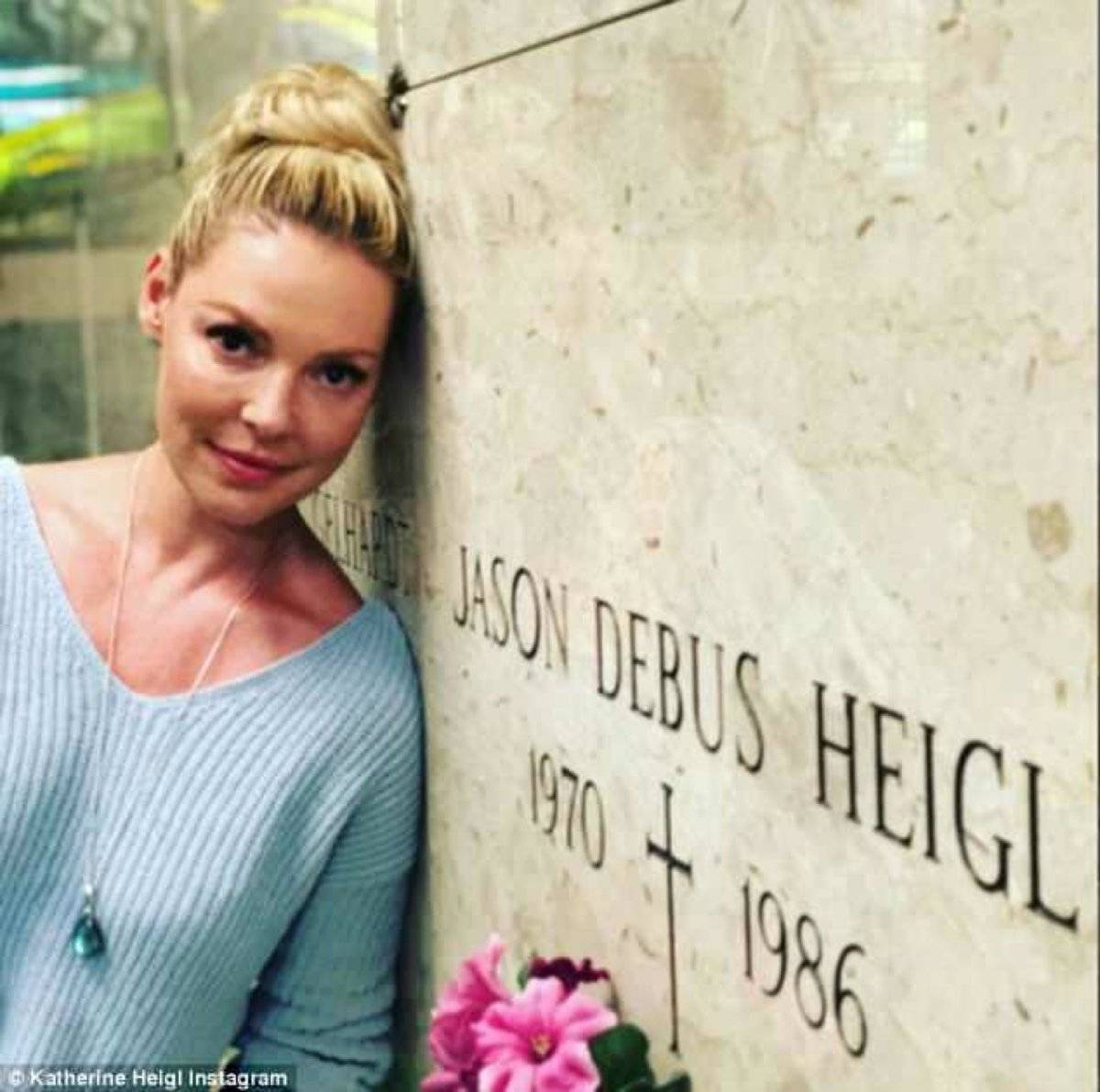 Katherine Heigl cementerio