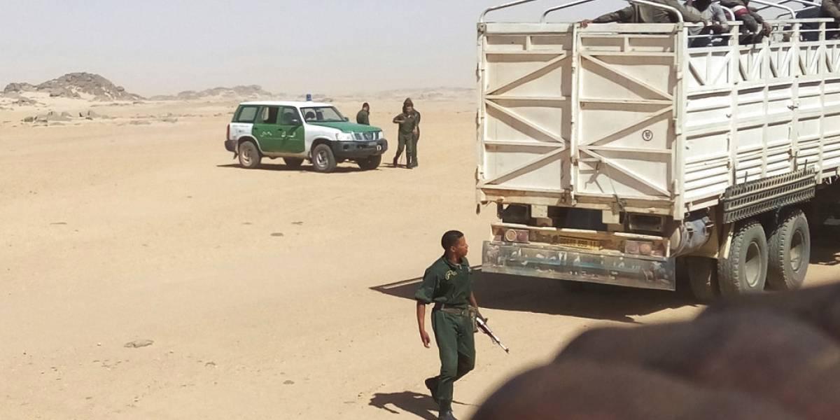 Expulsados sin agua ni comida: en el último año Argelia ha abandonado a 13 mil migrantes en el Sahara