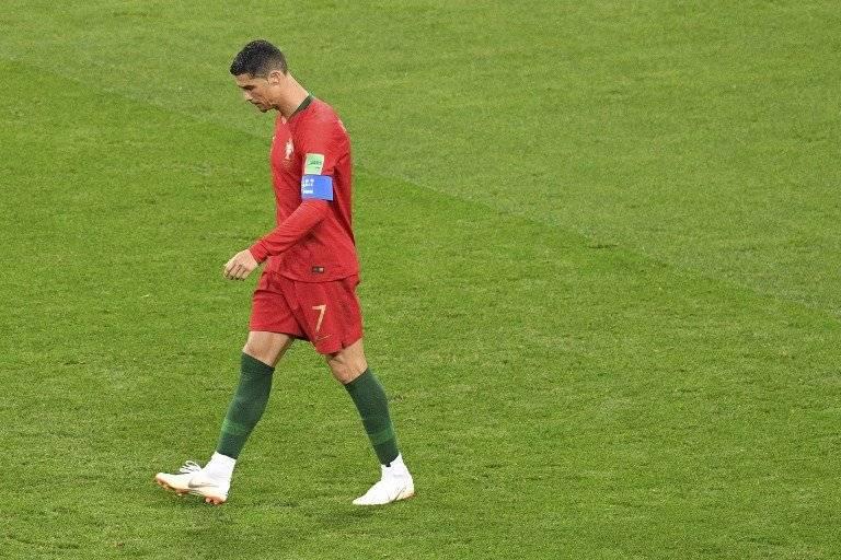Cristiano tras errar su penal que hubiera dado el segundo tanto a Portugal