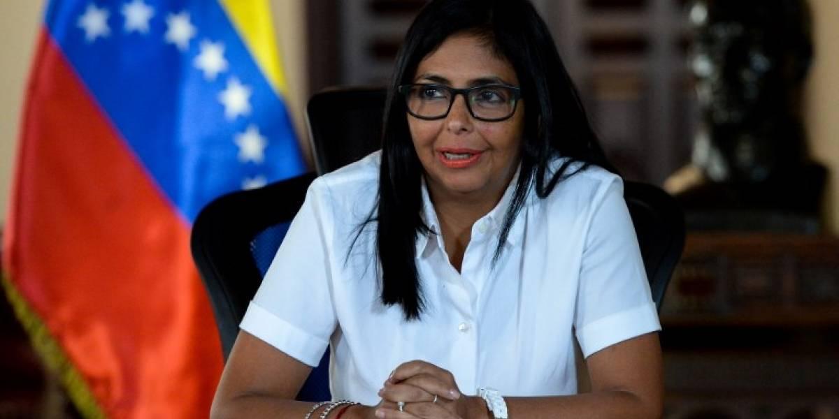 """Vicepresidenta de Venezuela dice que no cederá ante """"amenazas"""""""