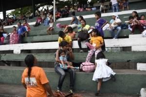 Niños afectados por volcán de Fuego