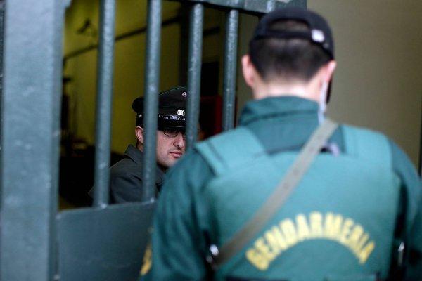 """Gendarmería anuncia paro y Gobierno declara que no acepta ningún """"ultimátum"""""""