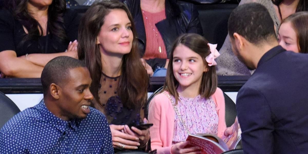 Hija de Tom Cruise sorprendió durante desfile del Orgullo Gay