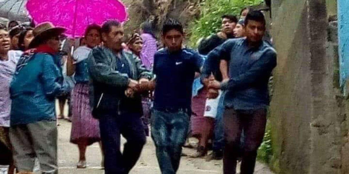Hombre ingresa a iglesia de Huehuetenango y lanza a niño desde el tercer piso