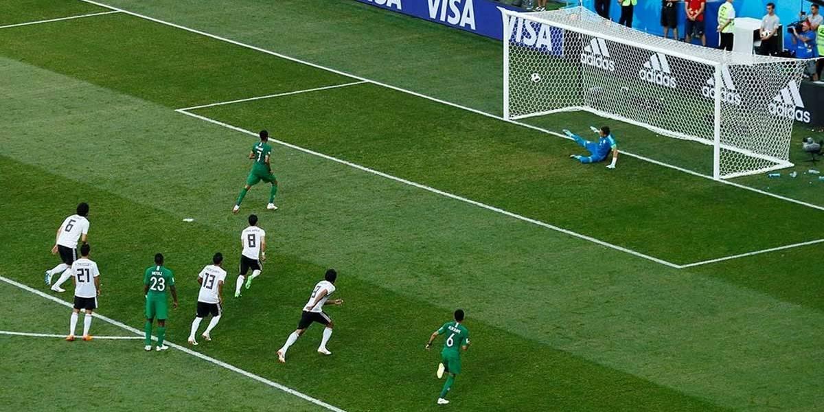 Com árbitro de vídeo, Copa da Rússia iguala recorde de pênaltis ainda na primeira fase