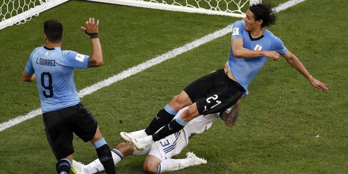 Uruguay golea a Rusia y termina como líder del Grupo A con tres victorias