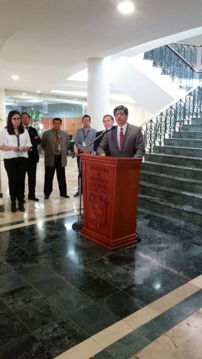 Canciller José Valencia: Se prevé que el 27 de junio lleguen los cuerpos de periodistas asesinados METRO