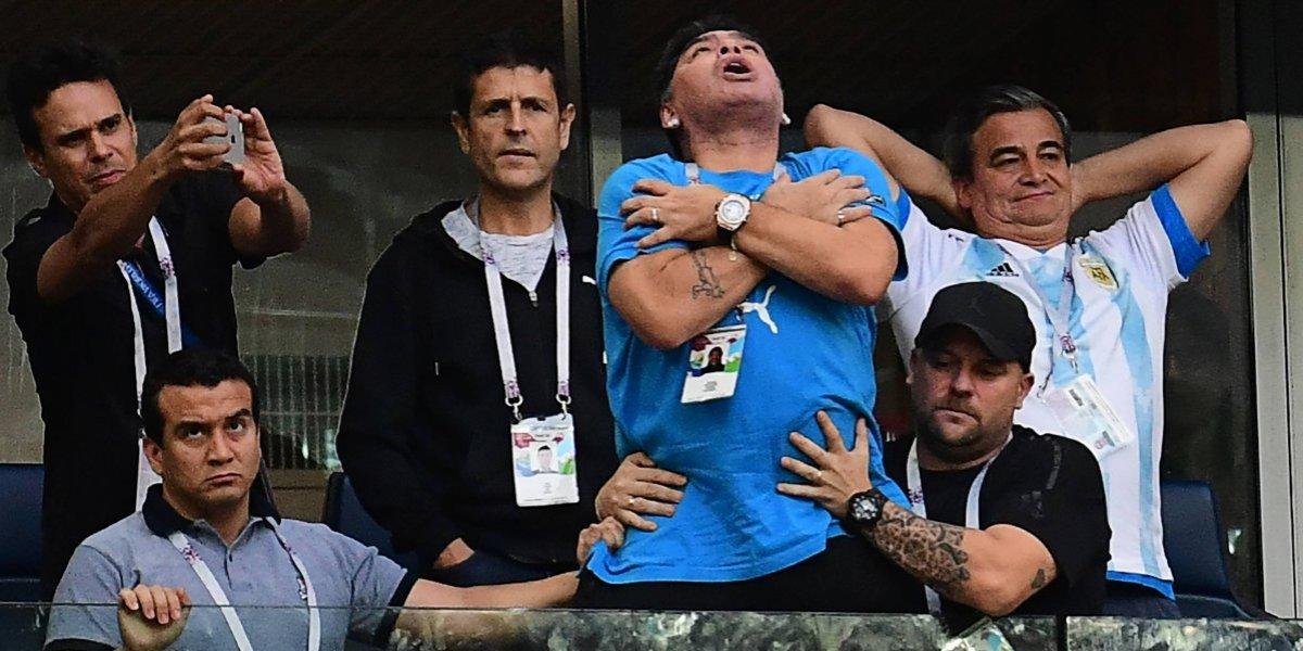 Lionel Messi y Marcos Rojo, mandan al hospital a Maradona