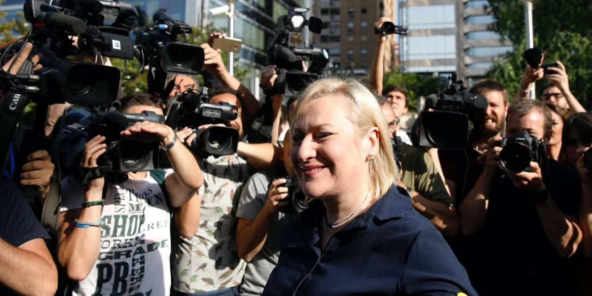 Médico espanhol vai a julgamento por escândalo de roubo de bebês