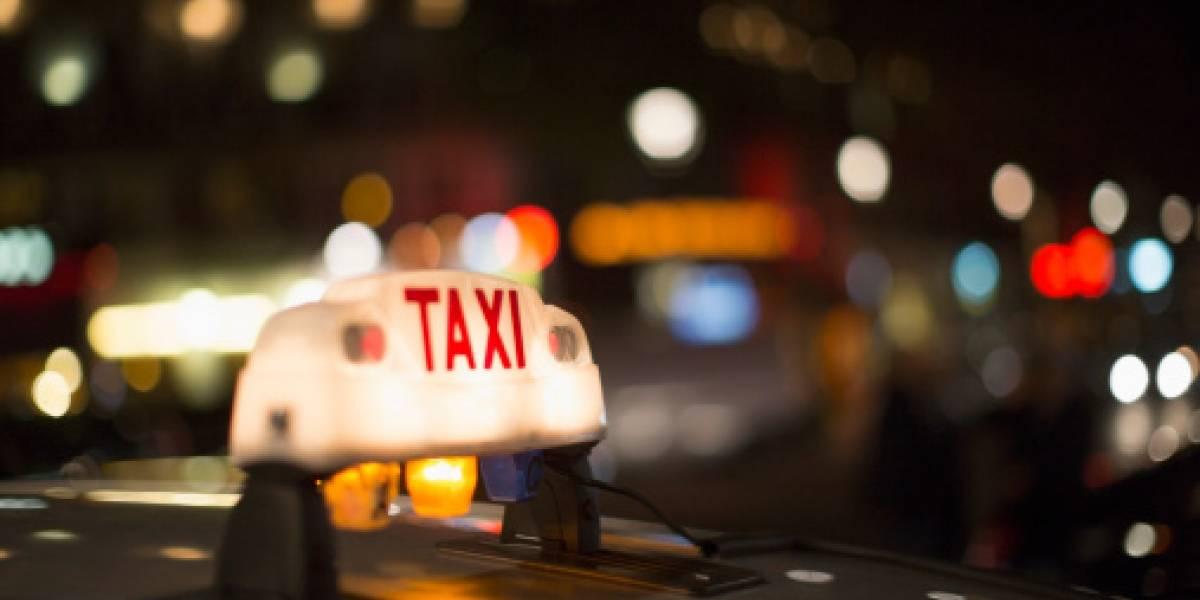 """""""¿Por qué tienes miedo?"""": estremecedores y repugnantes audios de taxista de 50 que acosó a joven pasajera"""