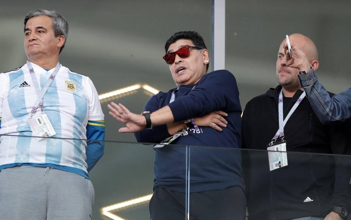 Maradona podría ser el nuevo DT de un reconocido jugador de la selección ecuatoriana AP