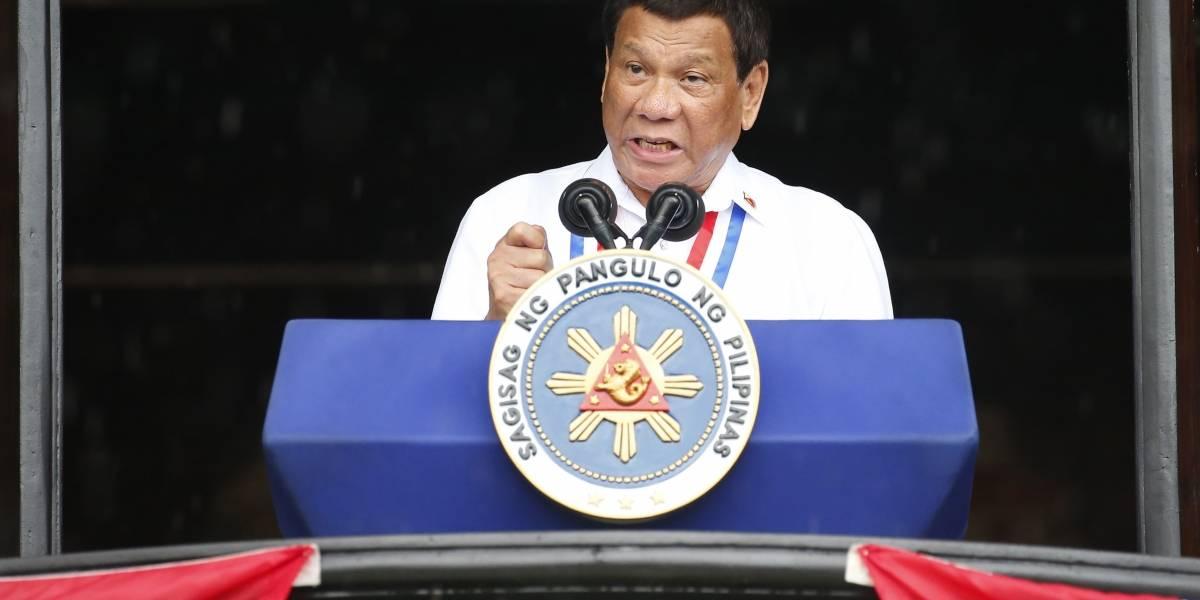 """Duterte llama a Dios """"estúpido hijo de puta"""": Criticó al """"Todopoderoso"""" por crear la fruta prohibida"""