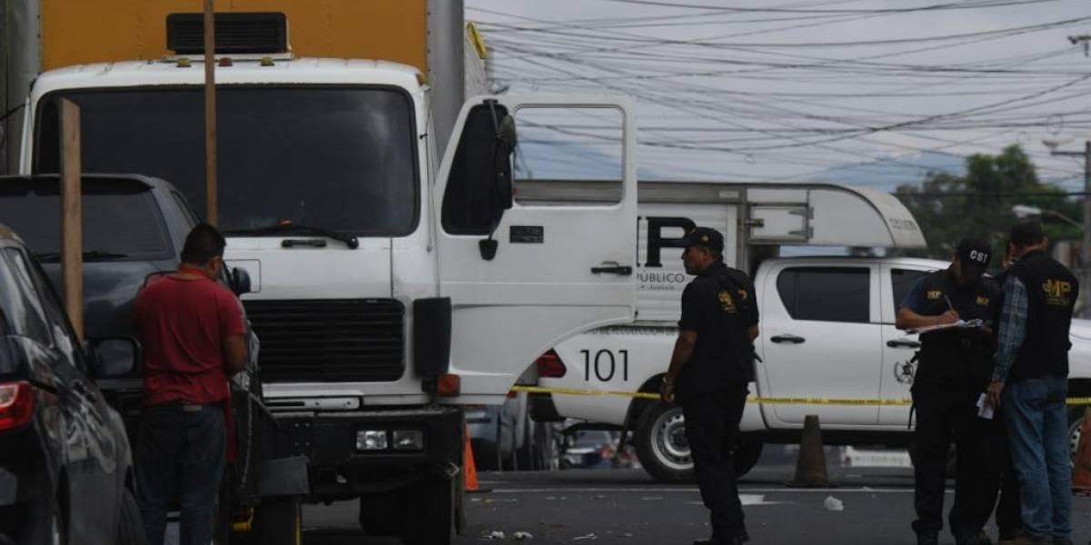 Fallece en hospital piloto de camión recolector de basura atacado a balazos en zona 5