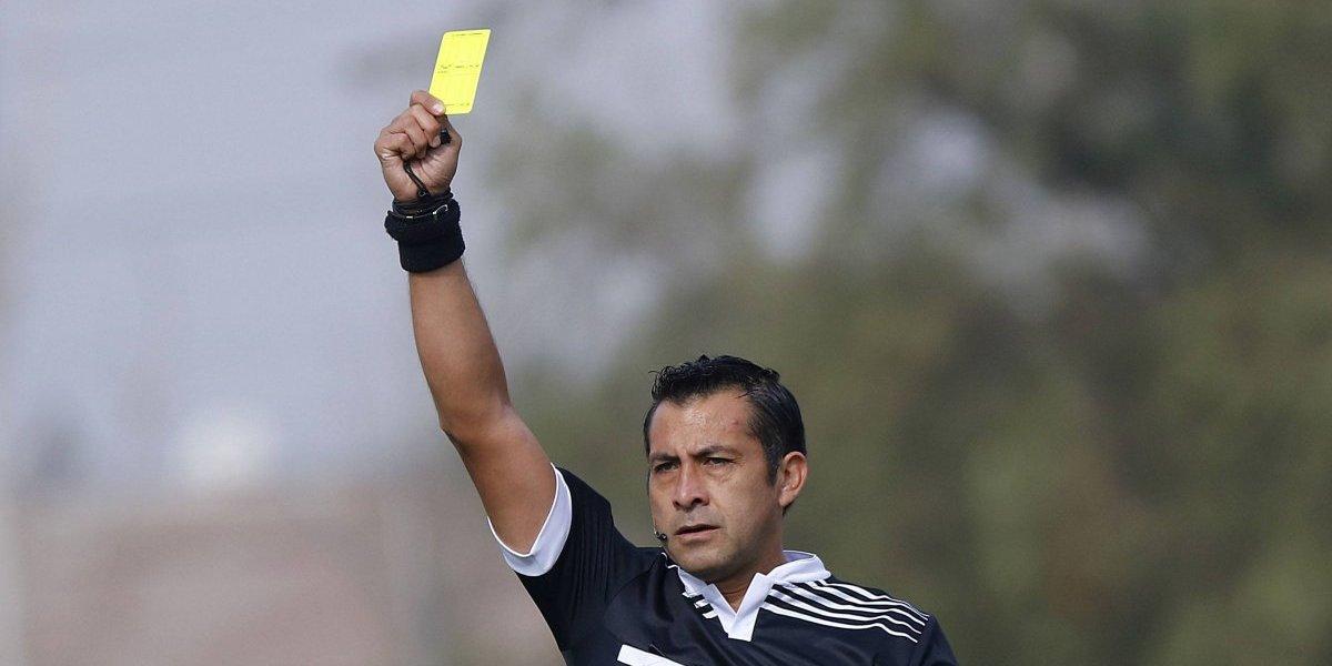 Sigue sin ser el principal: Julio Bascuñán nuevamente fue designado como cuarto árbitro