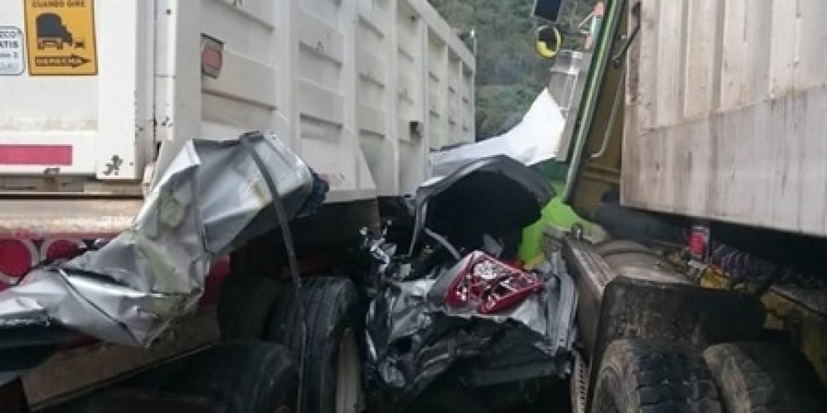 Video: grave accidente deja tres muertos en vía Bogotá - Girardot