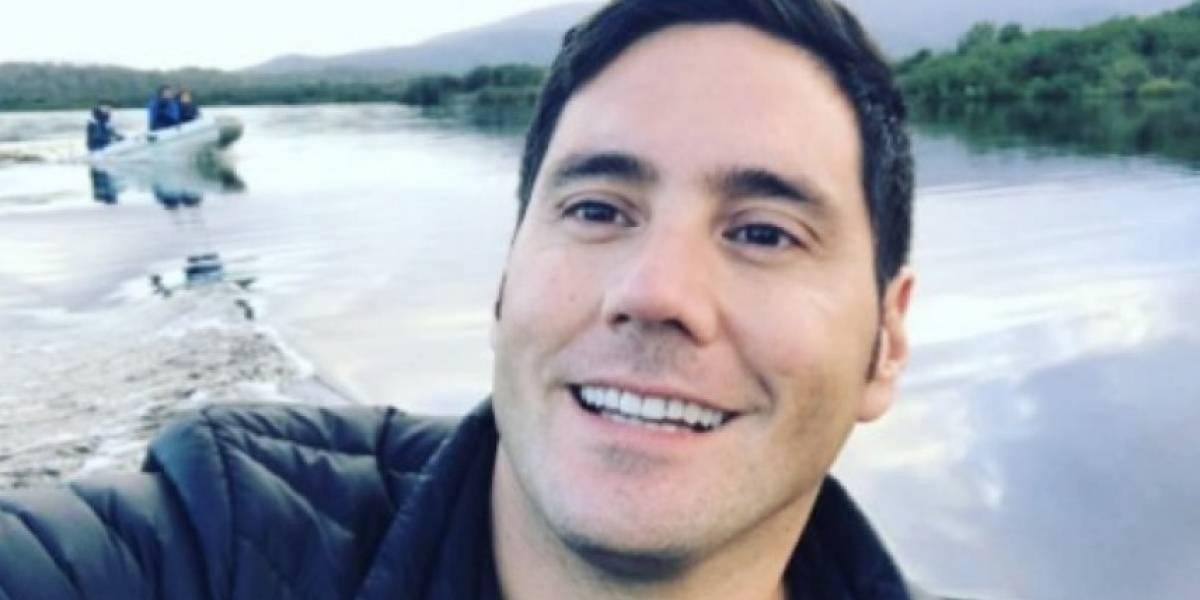 """""""Sería bastante más inclusivo que andar diciendo 'les alumnes': El tweet con el que Francisco Saavedra recomienda aprender lengua de señas"""