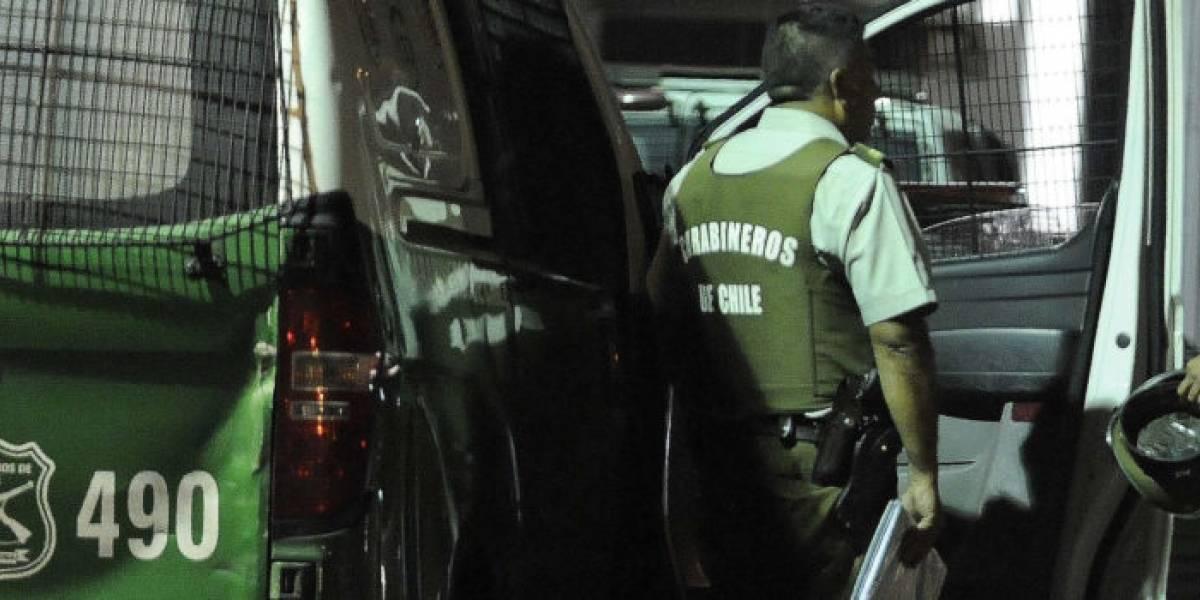 Mujer en estado grave tras ser golpeada con llave francesa en pleno cráneo por su ex pareja: sujeto está prófugo y Carabineros desata operativo