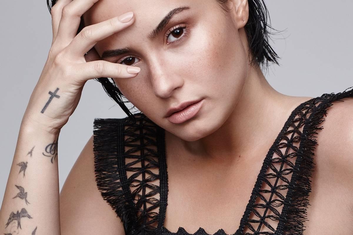 Demi Lovato fue hospitalizada por lo que sería una sobredosis de heroína