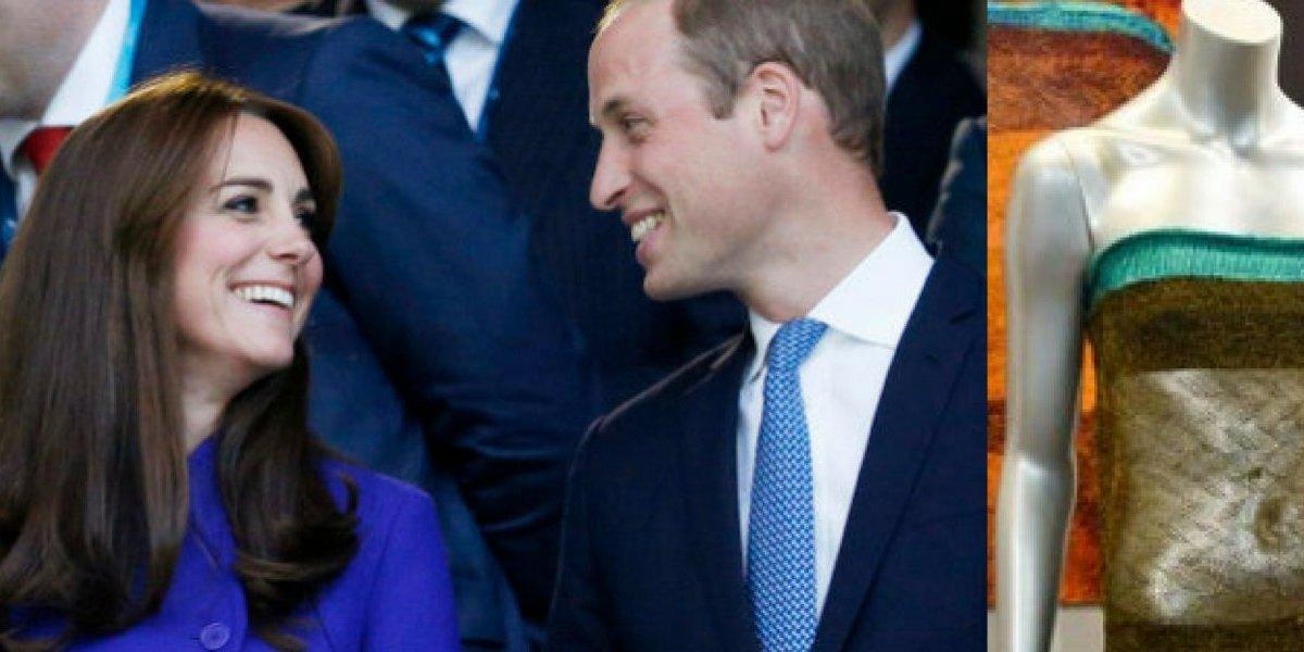 O look nada convencional com que Kate Middleton chamou atenção de príncipe William pela primeira vez