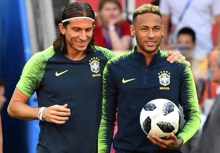 Felipe Luiz y Neymar