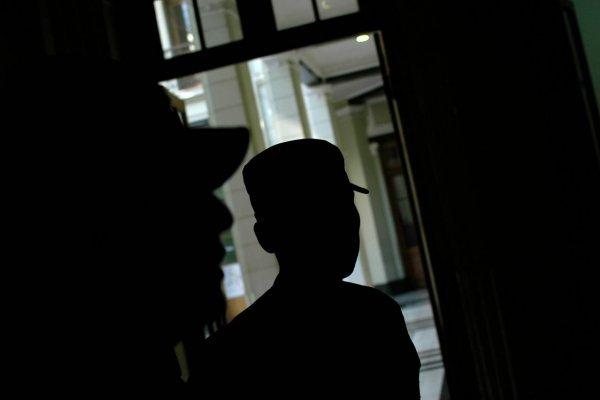 Las dificultades del gendarme formalizado por no intervenir en torturas de ecuatorianos