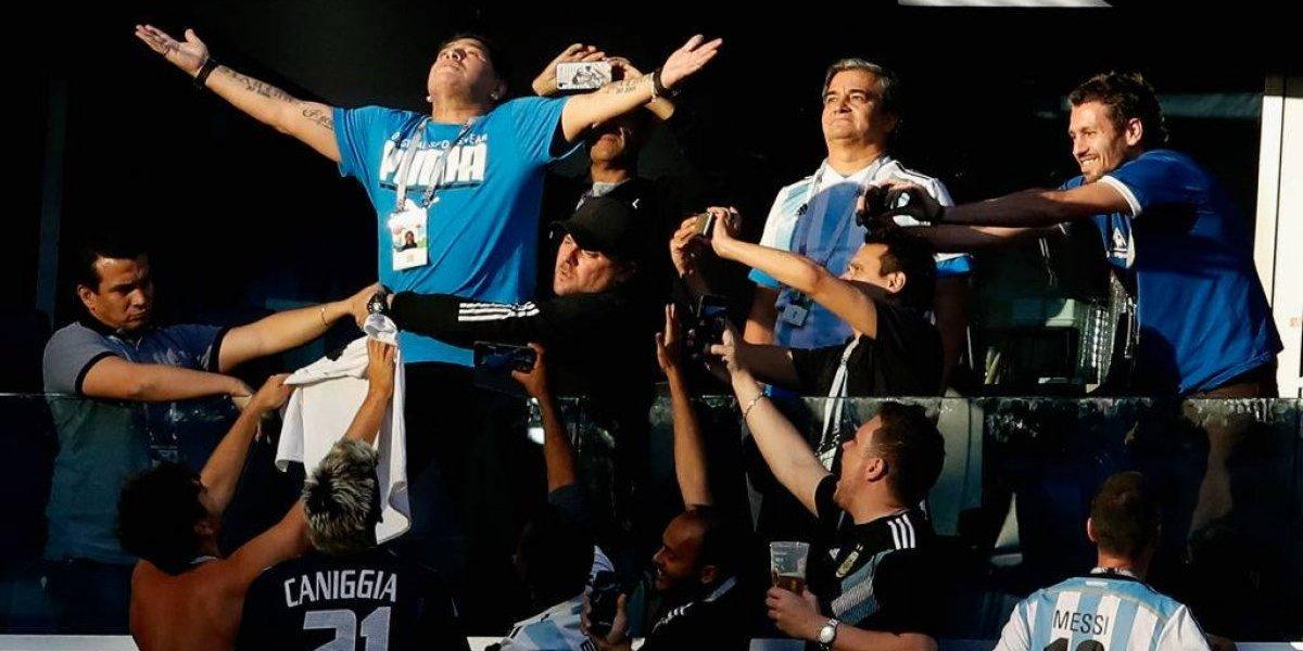 Con el bajón: Maradona regresó a Moscú en buen estado de salud