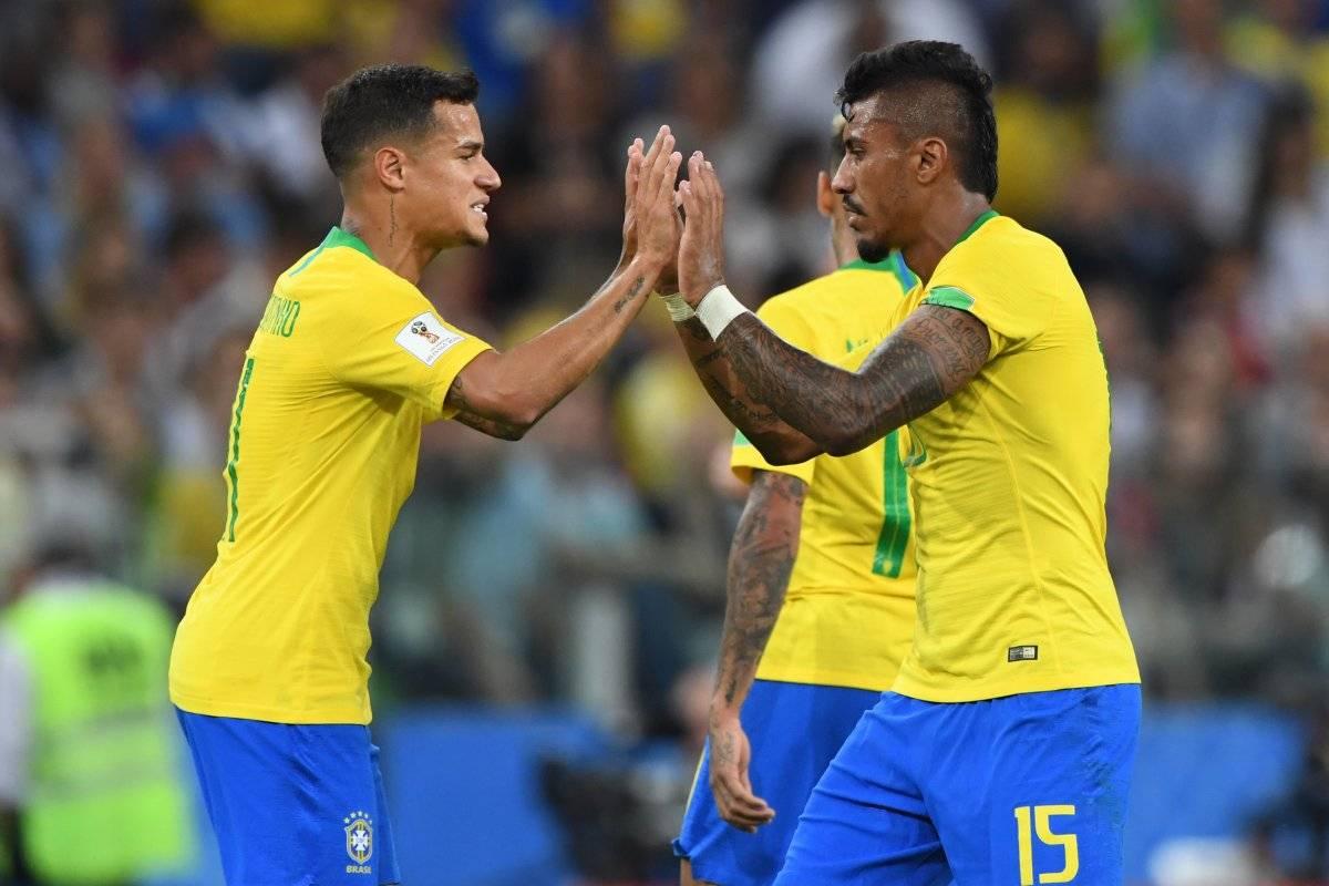 Paulinho festeja con Coutinho