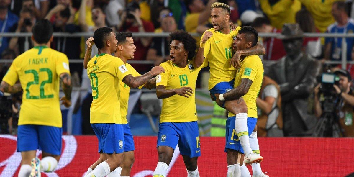Brasil no se despeina para derrotar a Serbia