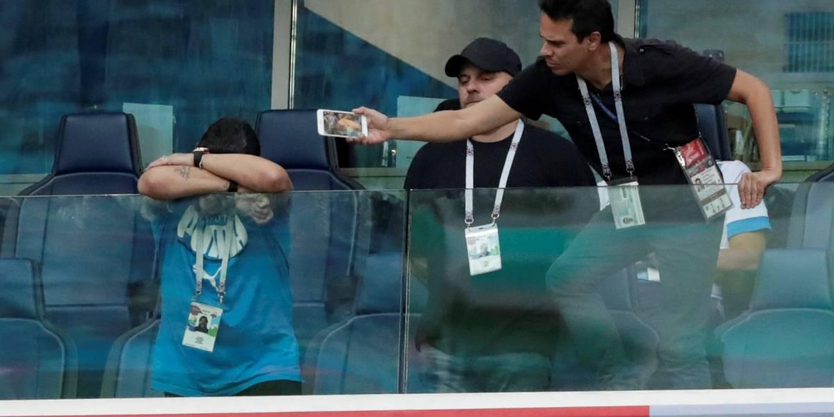 Maradona passa mal, mas tranquiliza a torcida da Argentina: 'perdão pelo susto'