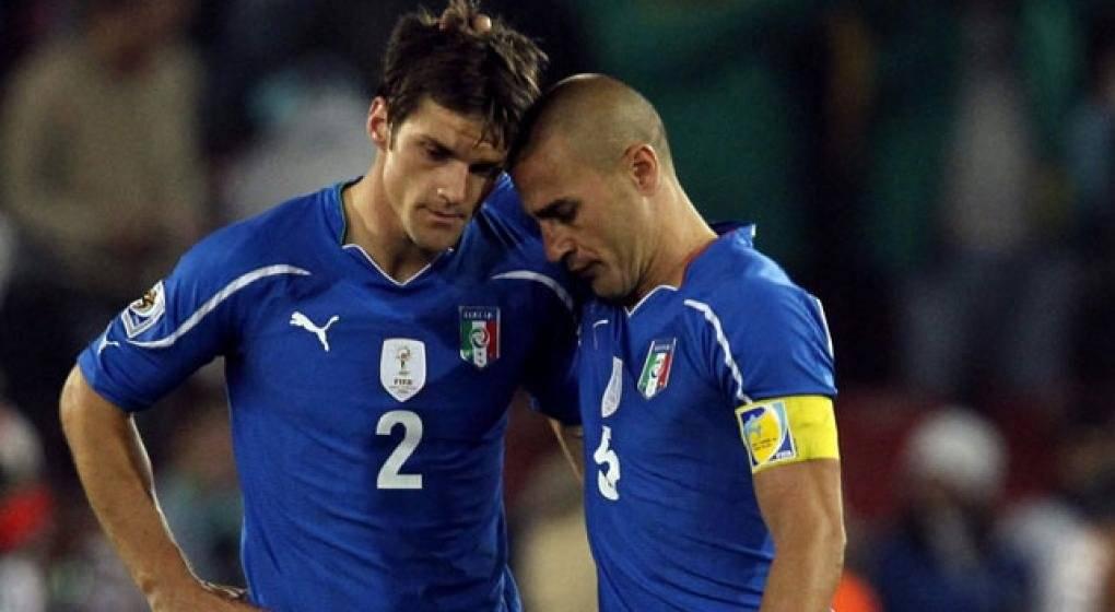 Italia fracasó en revalidar su título en 2010