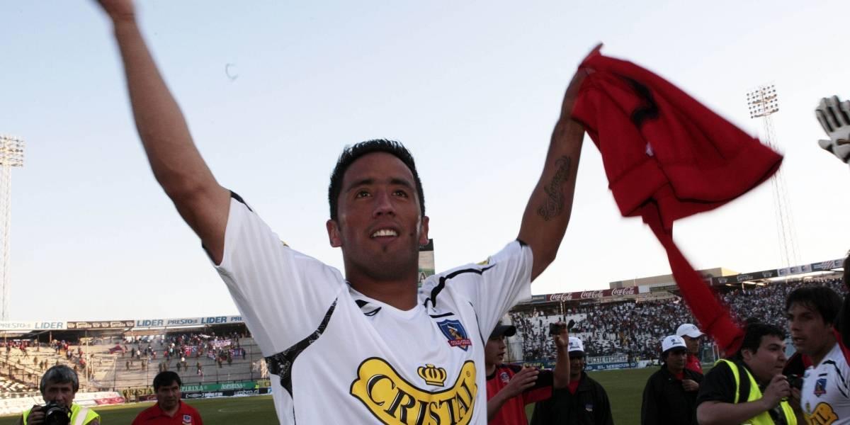 """Goleador del mundo, figura en los clásicos y un """"pentadolor"""": el primer paso de Lucas Barrios en Colo Colo"""