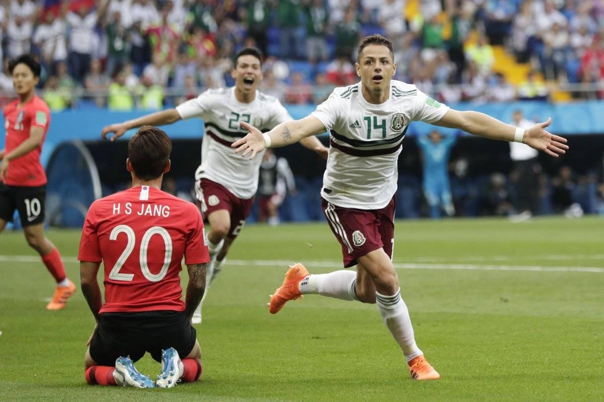 Por primera vez en su ciclo, Osorio repite la alineación de México. Vive el minuto a minuto en vivo de México vs Suecia del Mundial Rusia 2018. AP