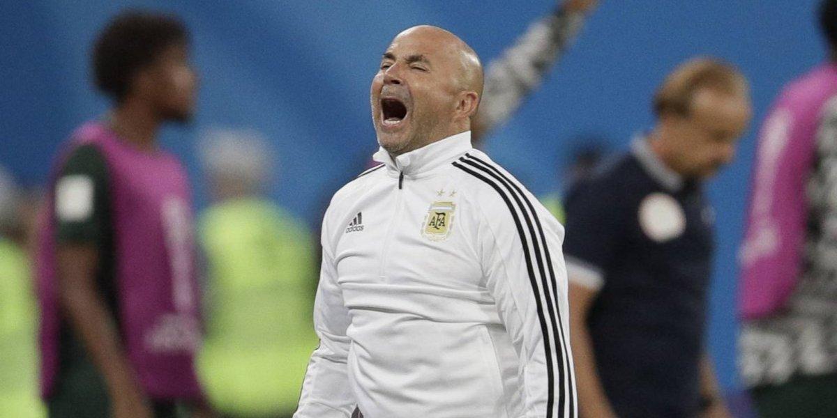 """""""¿Pongo al Kun?"""": En Argentina aseguran que Sampaoli hizo un cambio tras preguntarle a Messi"""