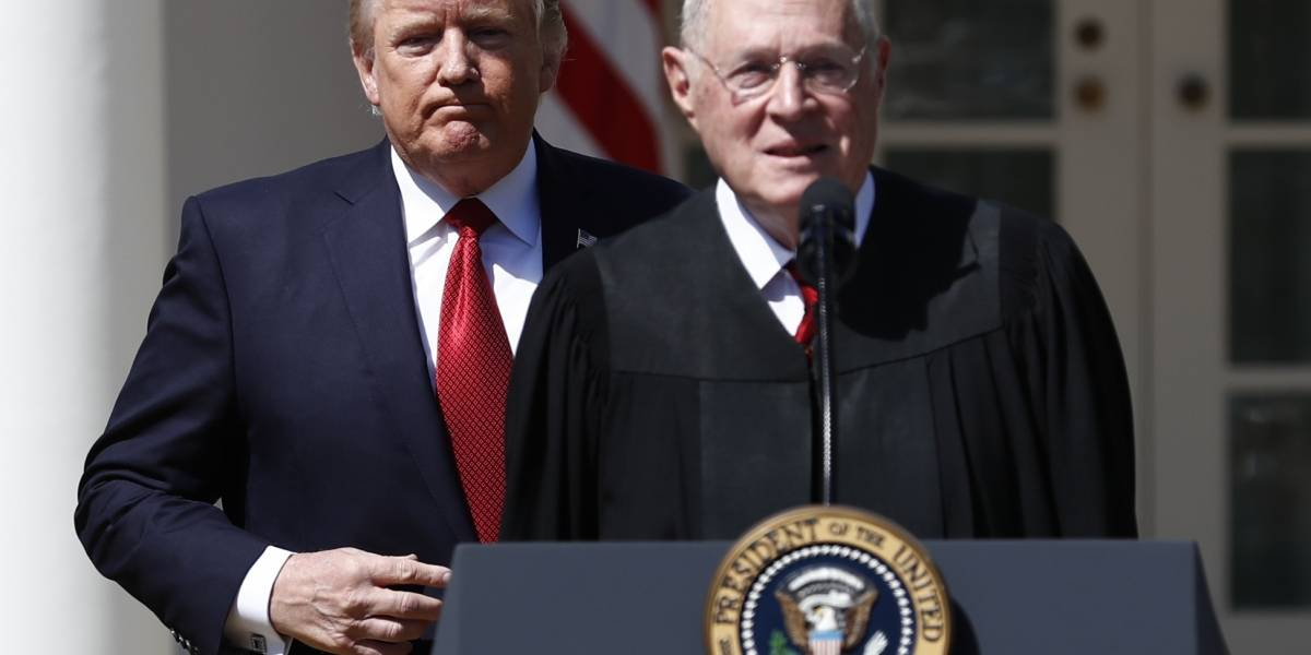 Se retira juez del Supremo de EE.UU., despejando camino para una nominación conservadora
