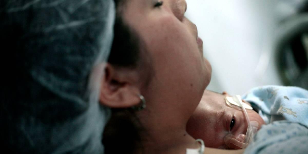 Estudio reveló una fuerte presencia de violencia verbal al momento de parir