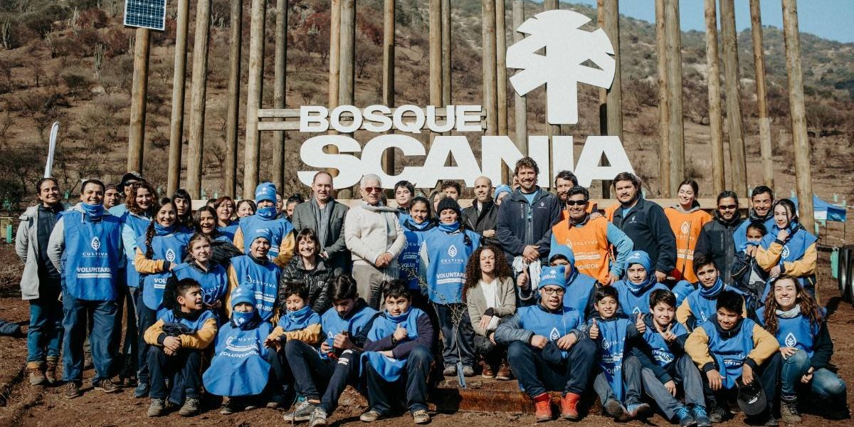Scania fomenta la sustentabilidad plantando árboles
