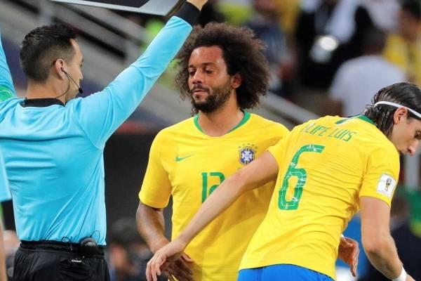 Marcelo se lesionó en el partido entre Brasil y Serbia
