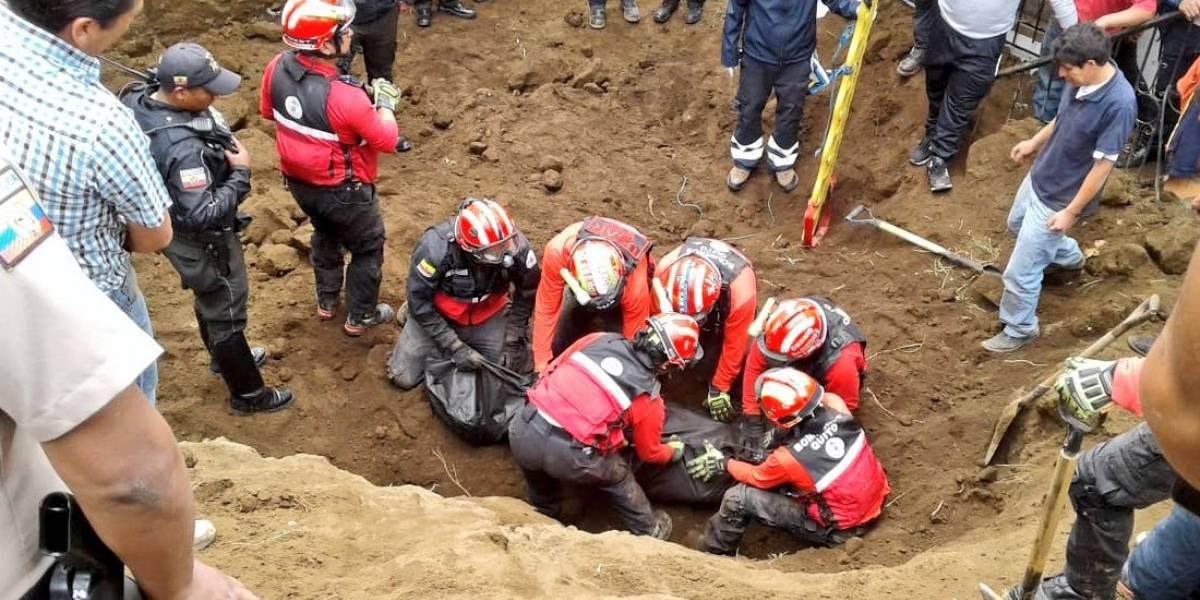Una persona falleció tras deslizamiento de tierra en Santa Bárbara, sur de Quito