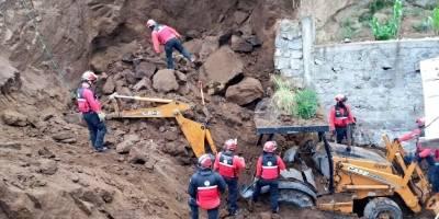 una persona falleció tras deslizamiento de tierra en el sur de Quito
