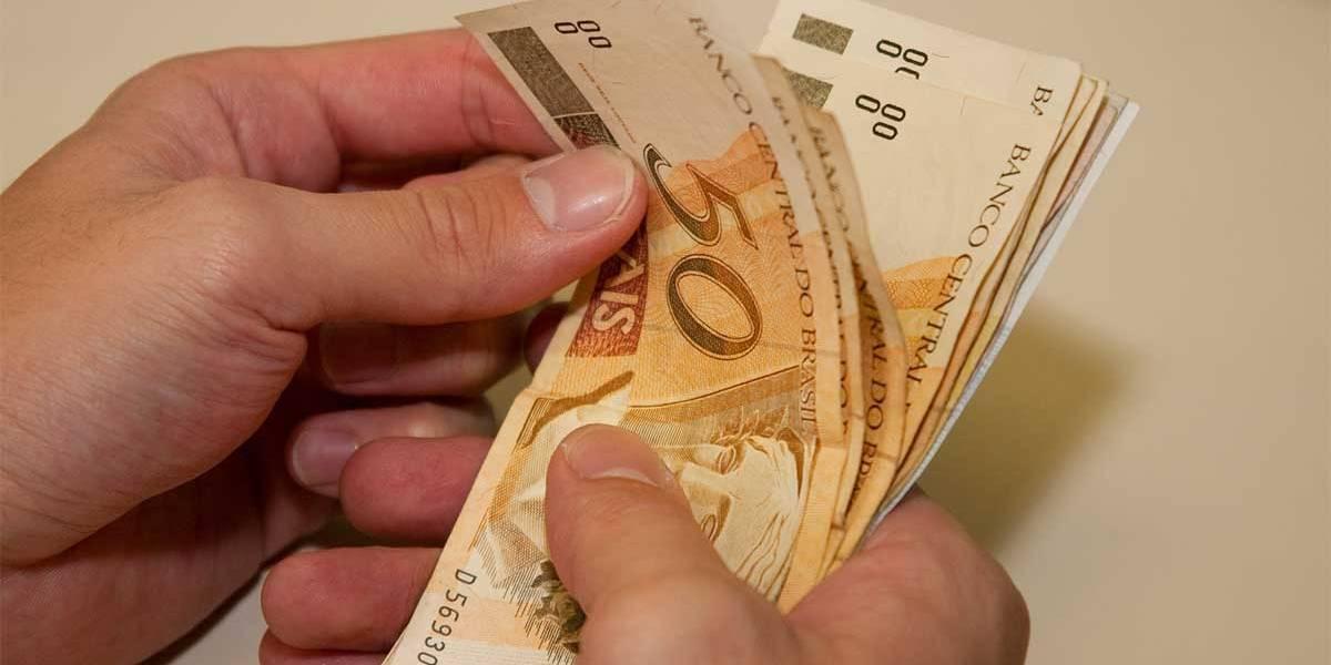 Tarifa de banco varia até 260% de um banco para outro