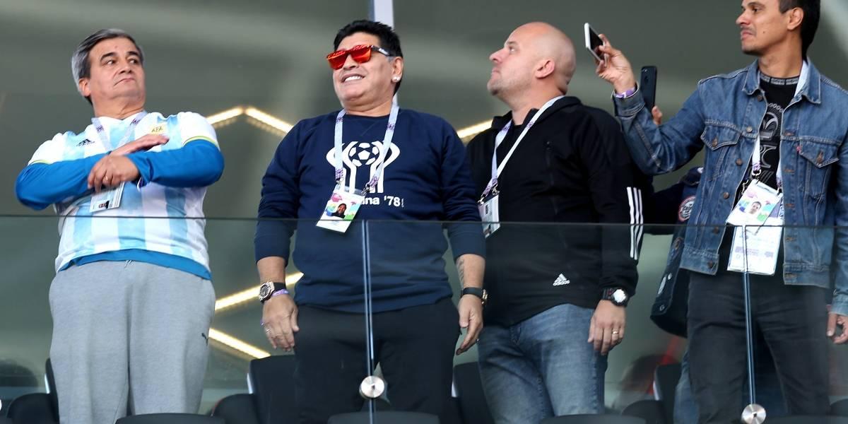 Estoy muy vivo y muy bien cuidado — Maradona