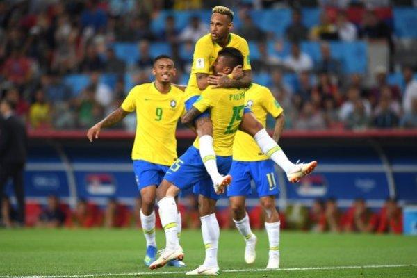 Brasil celebró y ganó el grupo / imagen: Getty Images