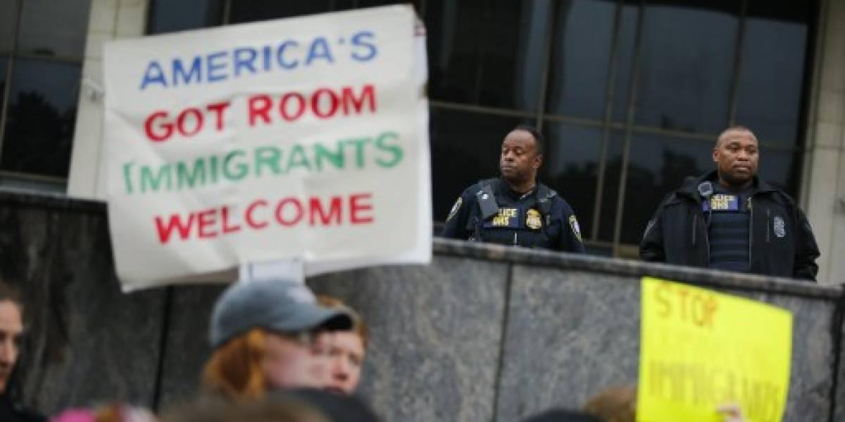 Un tribunal de EEUU ordena que se reúna a las familias de inmigrantes separados