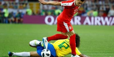 Marcelo em partida contra a Sérvia