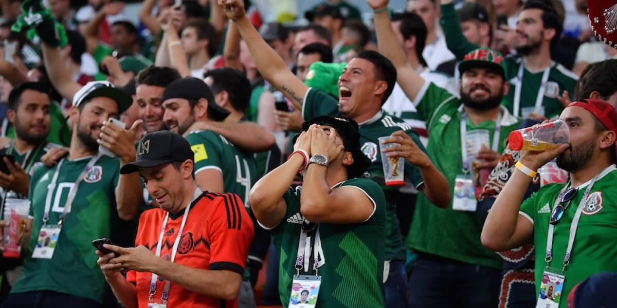 Aficionados mexicanos cambian el '¡eh puto!' por una canción de Luis Miguel