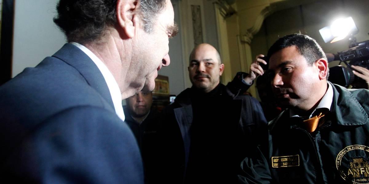 Ministro de Justicia y gendarmes alcanzan acuerdo de madrugada y no irán a paro