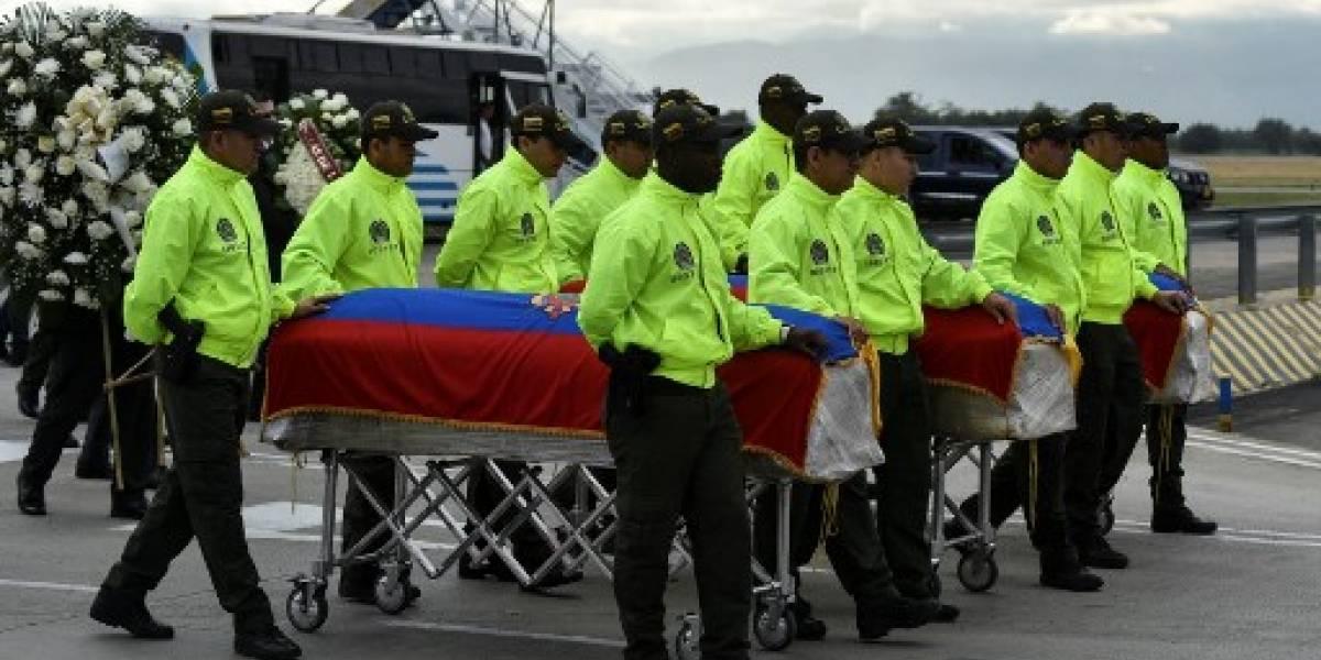 Repatrian cuerpos de periodistas ecuatorianos asesinados en Colombia