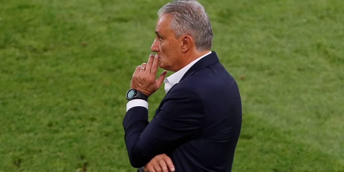 Tite se diz satisfeito com evolução do Brasil na primeira fase da Copa