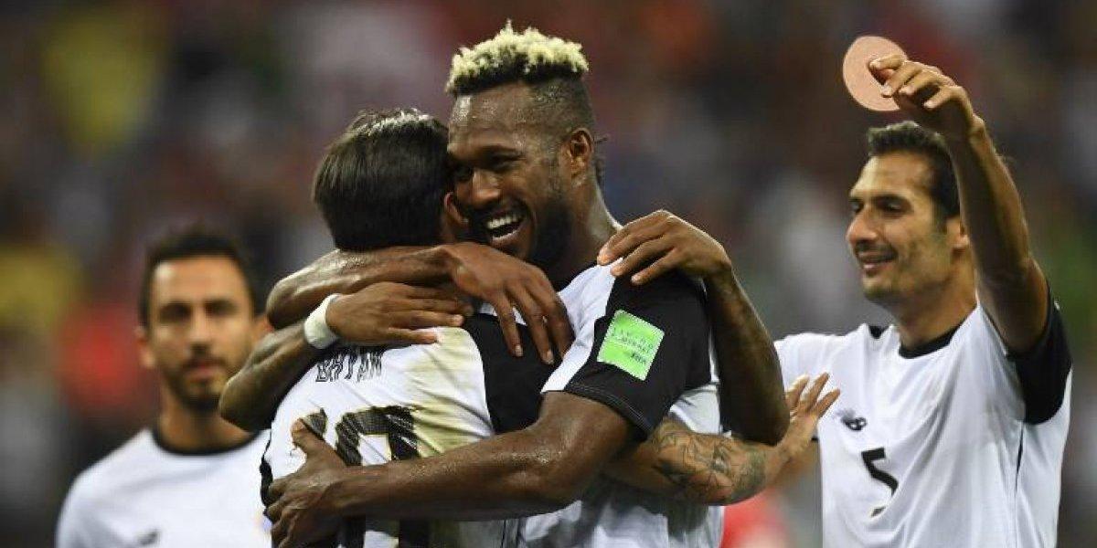 Un penal salva a Costa Rica de irse del Mundial sin puntos