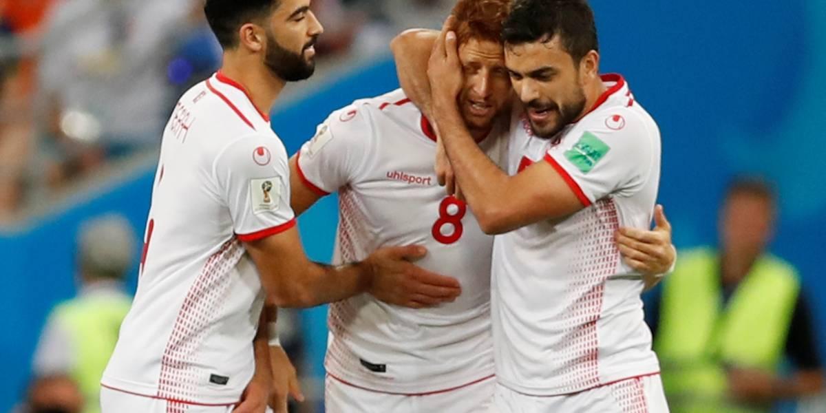 Tunísia bate o Panamá por 2 a 1 em jogo de despedida das duas seleções